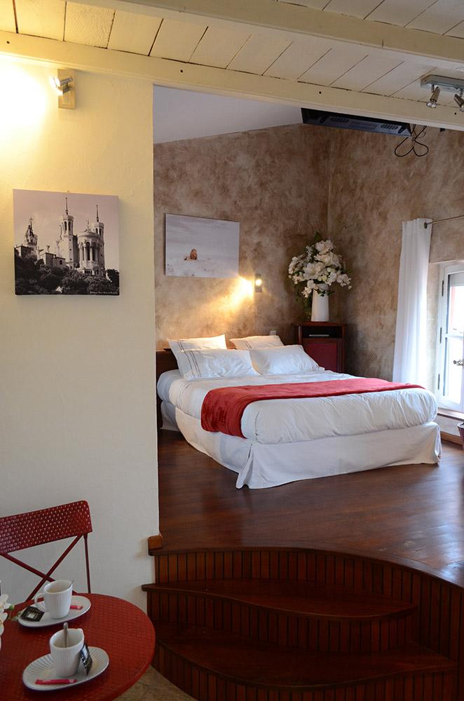 chambre d 39 h tes bienvenue chez sylvie lyon. Black Bedroom Furniture Sets. Home Design Ideas